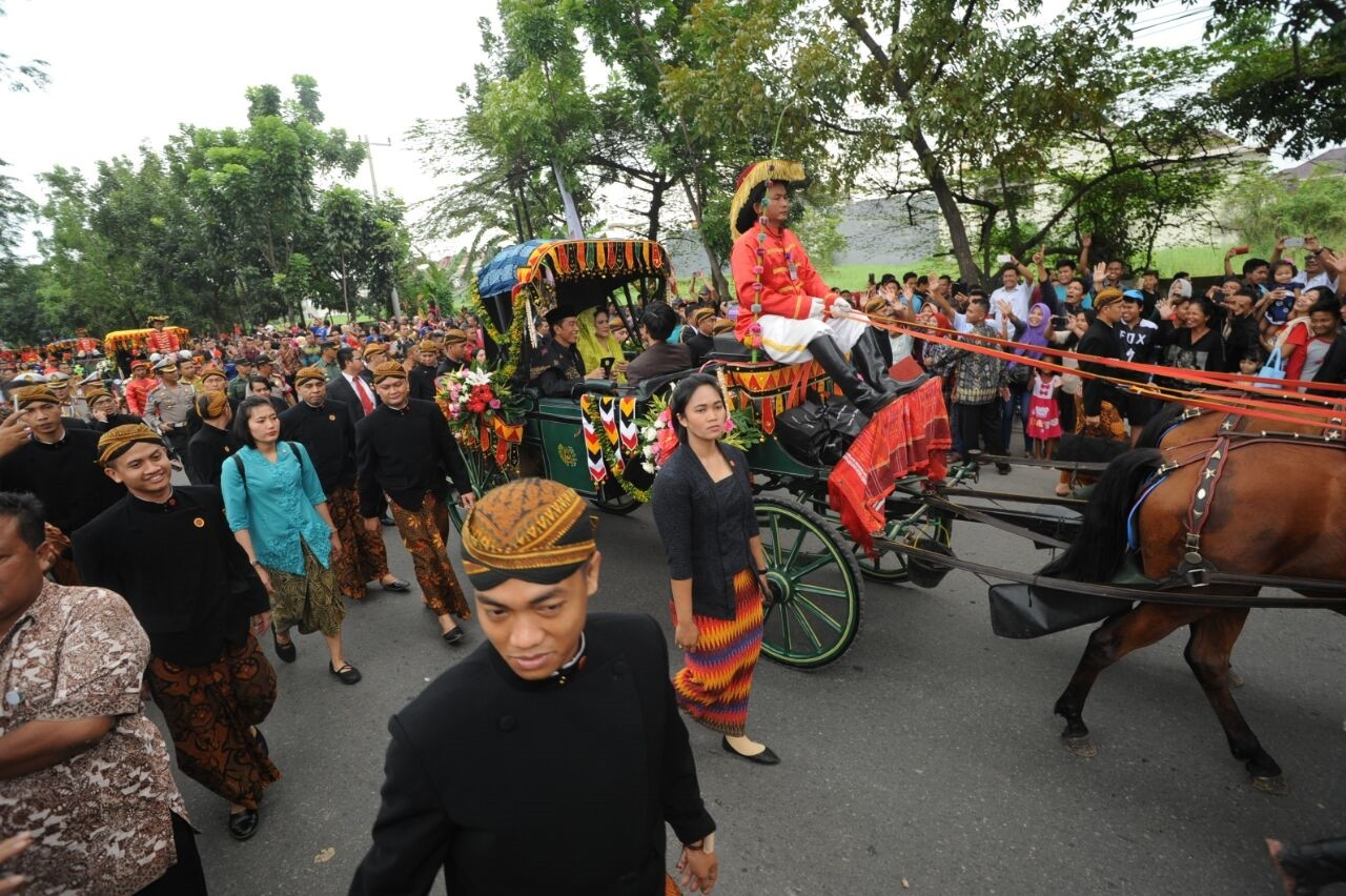 Jokowi's family grateful for successful wedding party