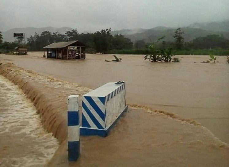 Extreme weather: Flooding in Nguntoronadi district, Wonogiri, Central Java, on Nov..28.