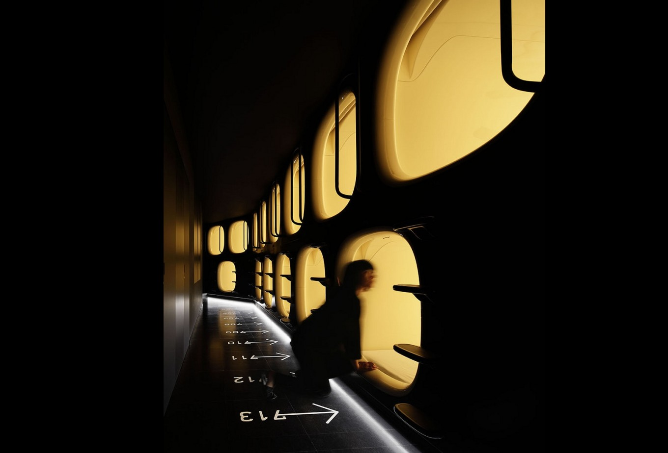 Japan's capsule hotels catching on among tourists from abroad