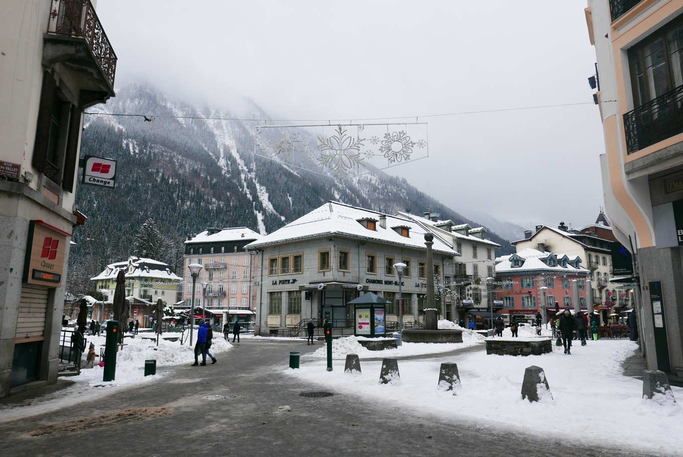 The quaint city of Chamonix Mont-Blanc, with its picturesque mountainous background, is home to about 10,000 residents. In high seasons (mainly summer and winter holidays), the population can increase up to 100,000 to 130,000 which encompasses seasonal workers and tourists.