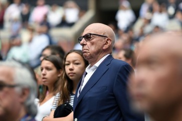 Rupert Murdoch recovering from back injury