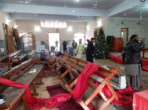 IS claims pre-Christmas suicide bombing of Pakistan church, eight dead