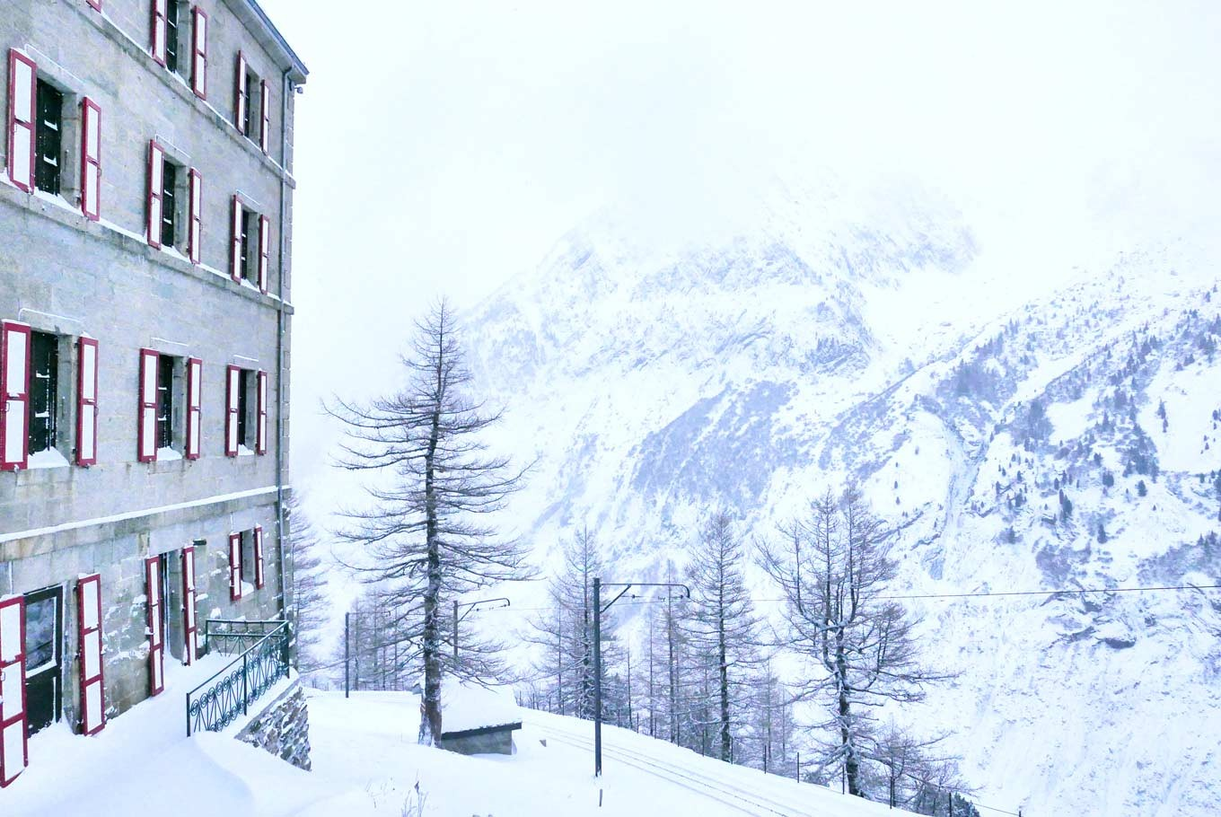 Breathtaking view of the glaciers surrounding the Refuge du Montenvers Terminal Neige hotel.