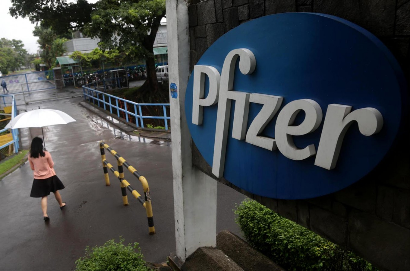 Indonesia continues talks with US on possible Bio Farma-Pfizer vaccine partnership