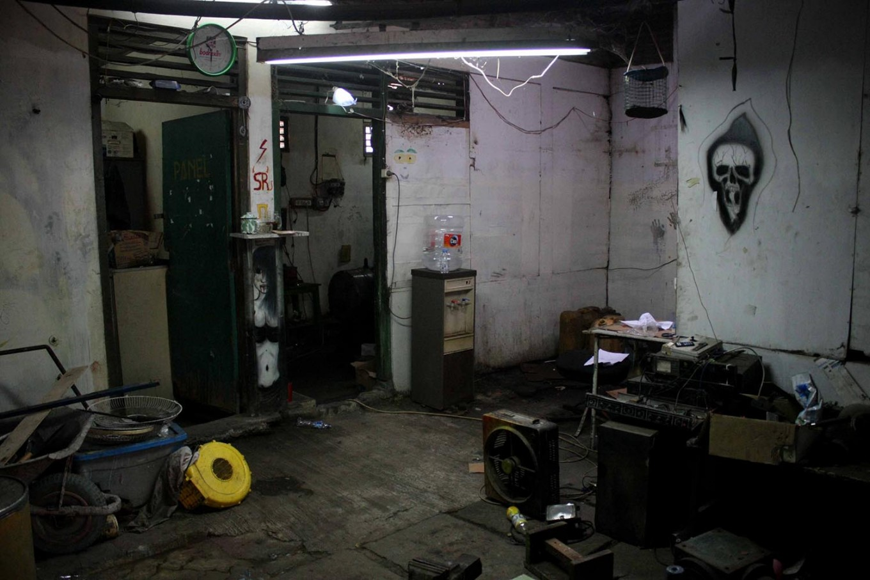 Unused equipment left inside the panic house control room. JP/Maksum Nur Fauzan