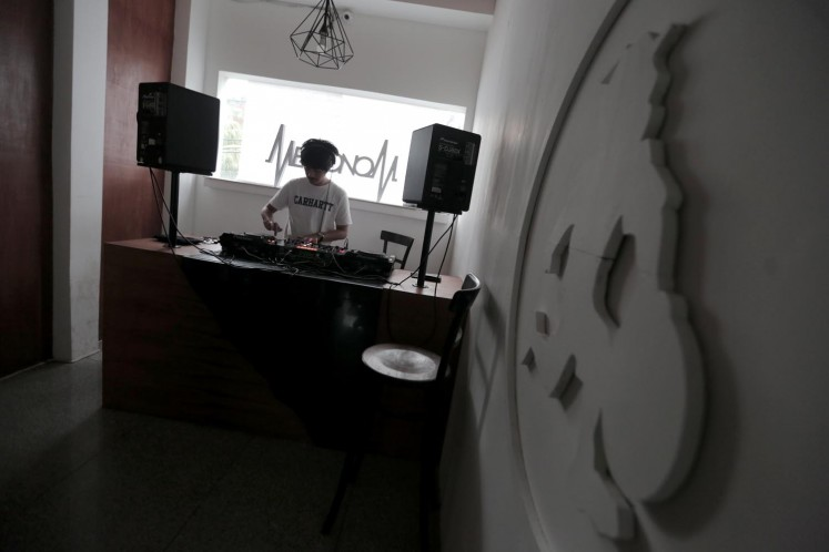 Metronom offers two studios to rent for practice sessions, as well as providing DJ courses and equipment rentals.