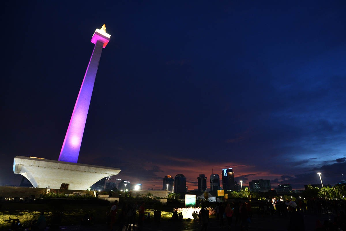 Better to hold night prayer at mosques than Monas, MUI suggests