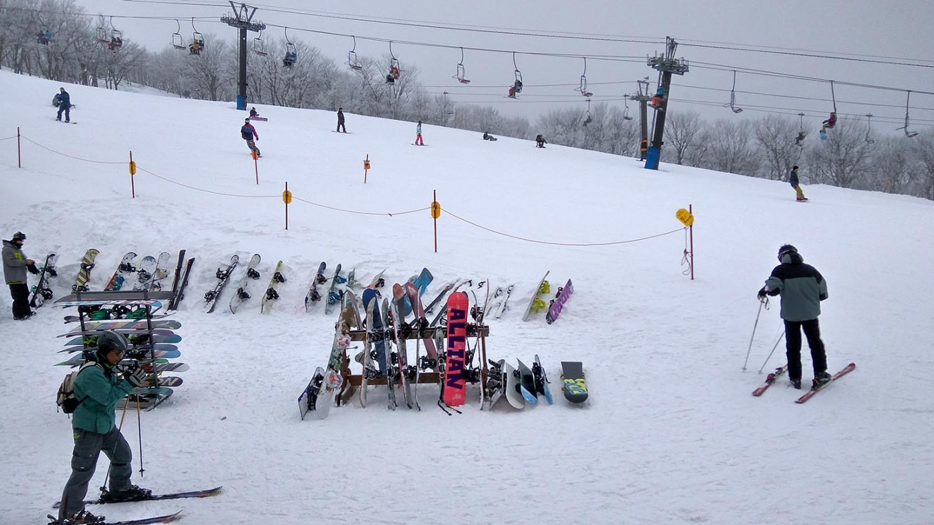 Skiers check in their gear at the Alps-Daira Zone, which is located 1,515 meters above sea level. JP/Agnes Anya
