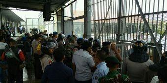 Police investigate riot at Aceh prison