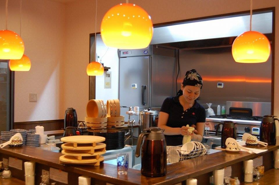 Work 50 minutes for meal at Tokyo eatery