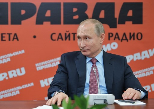 Putin admits he does not have a smartphone