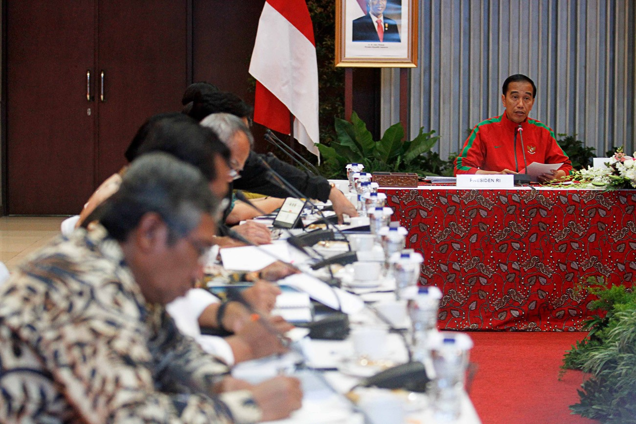 Governor awaits firm action against West Java river polluters