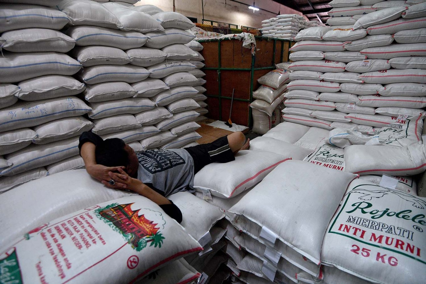 Jakarta records 0.37% inflation in February
