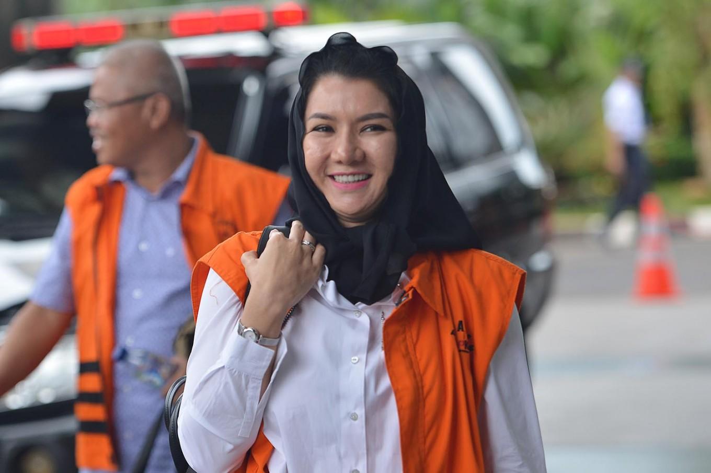 Kutai Kartanegara regent sentenced to 10 years for graft