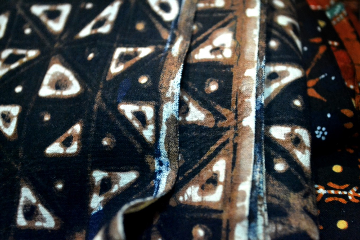 "The ""accidental"" stains on hand-drawn 'batik tulis' gives each fabric a unique identity, making them more valuable."