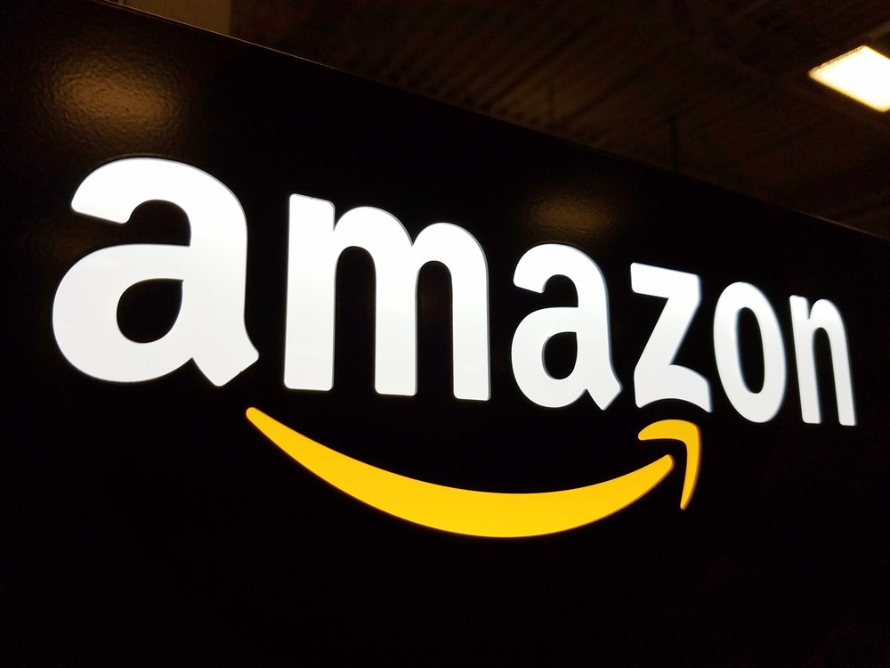 Amazon patents could enable worker monitoring via wristband