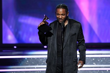 Kendrick Lamar calls out white fan for rapping 'n-word'