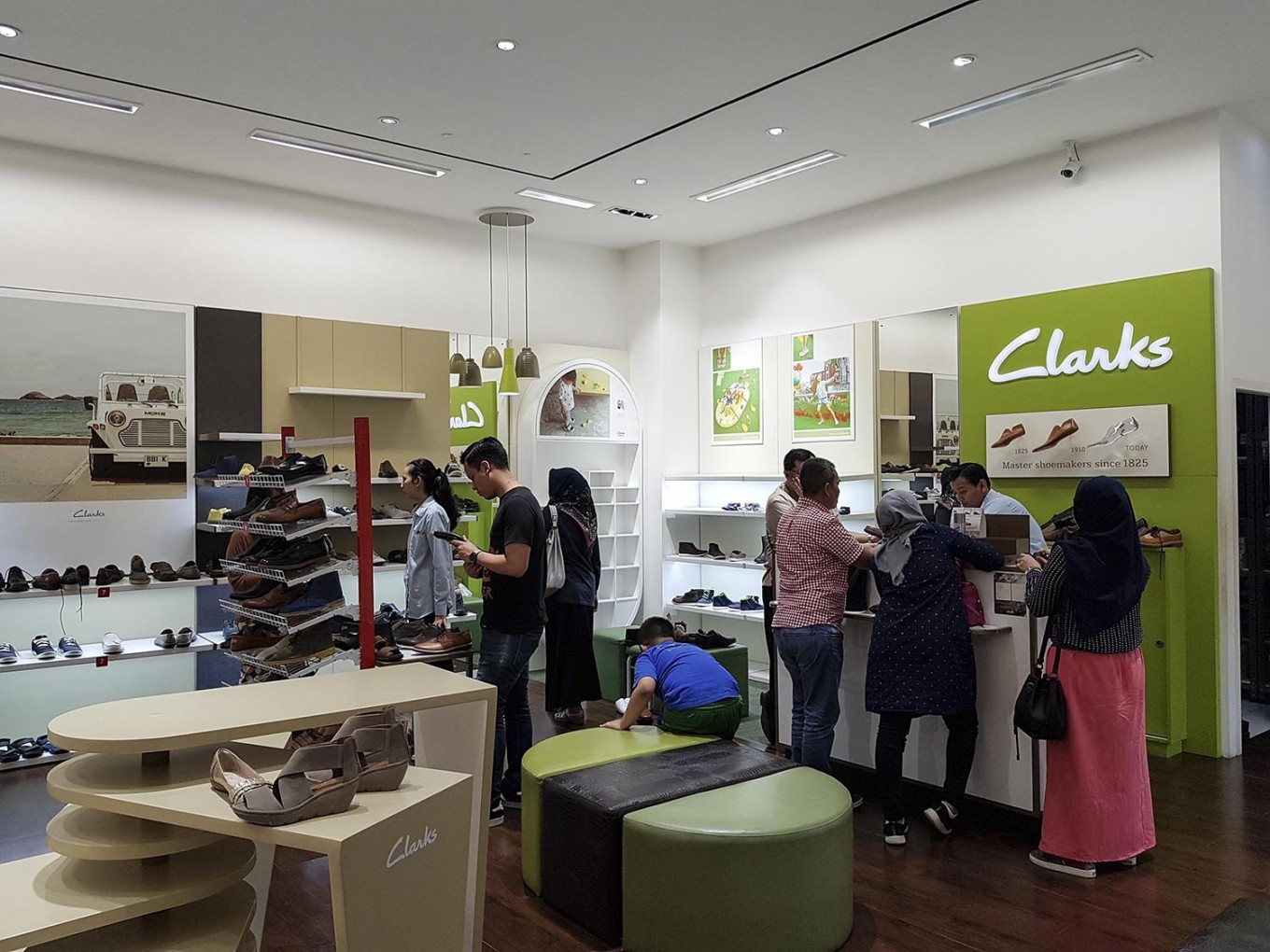 Good Prices yet not vulgar highly coveted range of Clarks, Kickers closing stores in Indonesia - Business - The ...