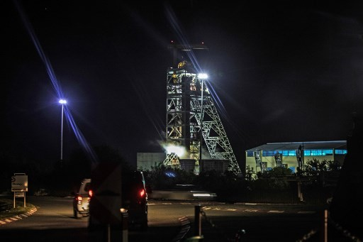 950 gold miners trapped underground in S.Africa