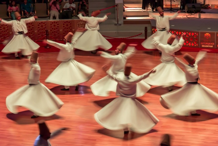 Whirling dance is a mystical ritual of the Mevlevi Order, also known as Sufi whirling or Semazen.