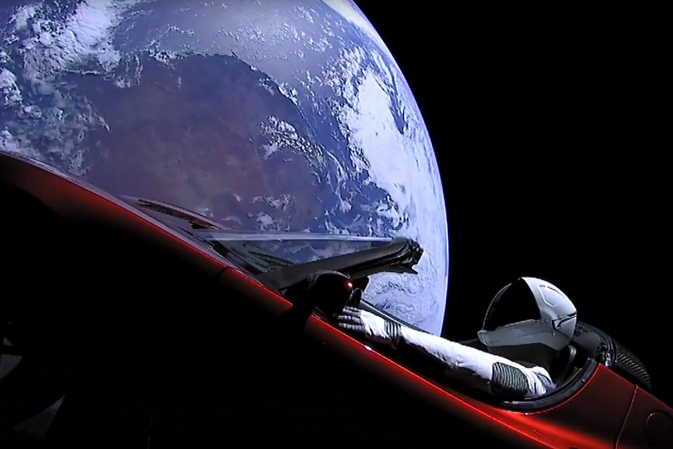 spacex beams cool video of tesla in space science tech the jakarta post. Black Bedroom Furniture Sets. Home Design Ideas