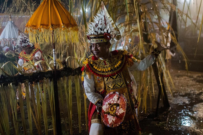 A man performs the Baris sacred dance for Queen Ayu Mas Subandar during the ritual. JP/Anggara Mahendra