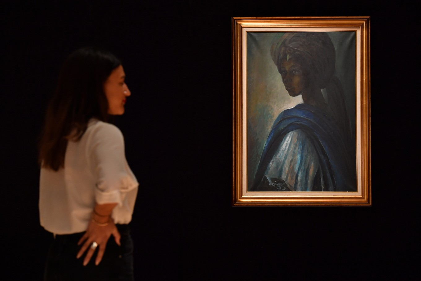'African Mona Lisa' mesmerises after surprise rediscovery