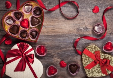 Chocolates remain the favorite gift on Valentine's Day