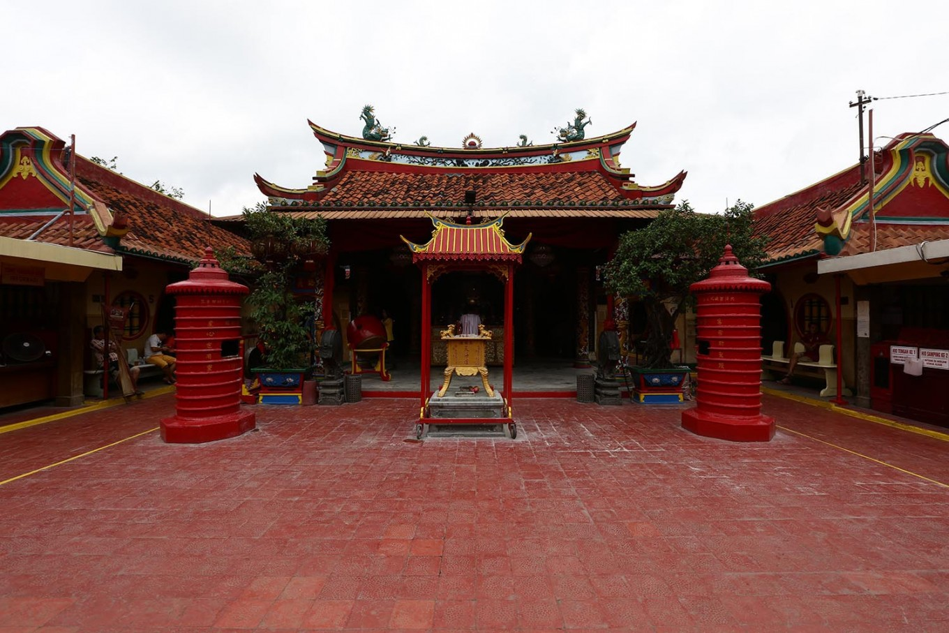 Two well-preserved traditions of Tangerang's Benteng Chinese