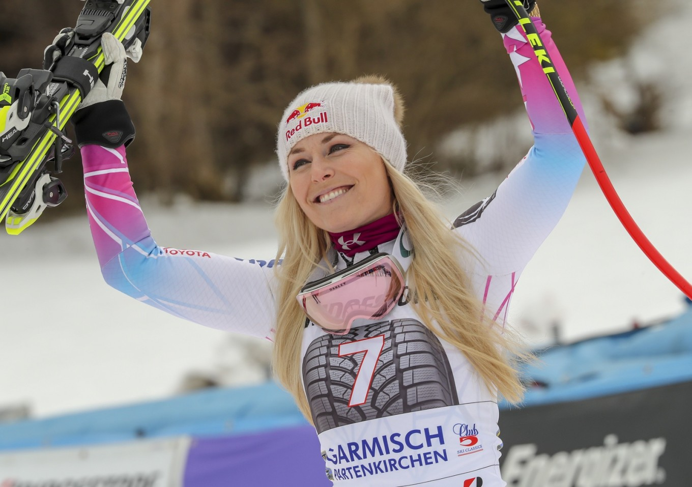 Ski star Vonn puts out Twitter call for Valentine's date