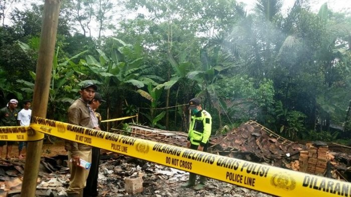 Bogor man kills two, injures ex-wife, commits suicide