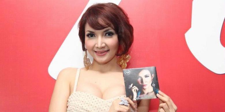 Police arrest 'dangdut' singer Roro Fitria for alleged drug possession