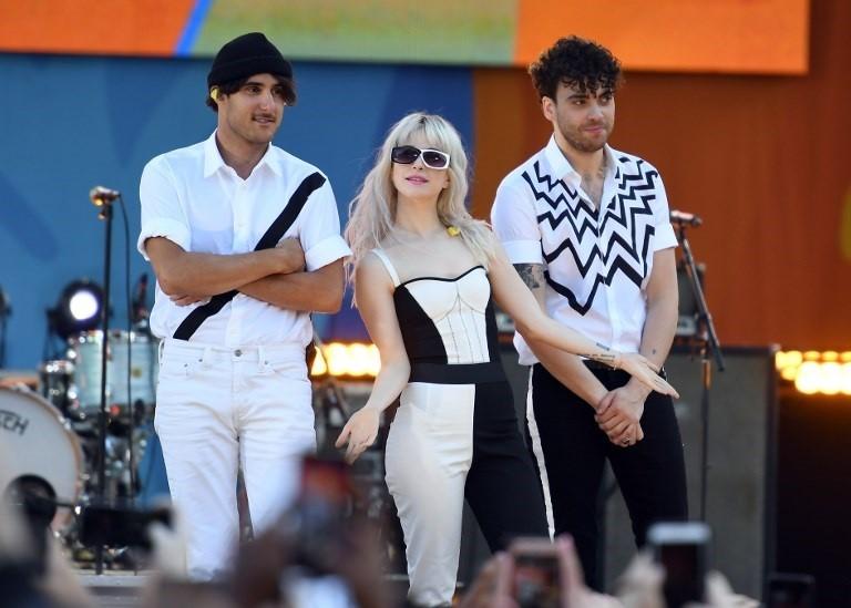 Paramore medlemmer dating · Dating-nettsteder har å opprette falske profiler · Online.