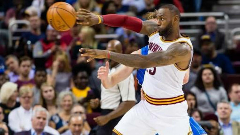 cd87a3e6ce90 NBA All-Star Team LeBron beats Team Stephen 148-145 - Sports - The ...