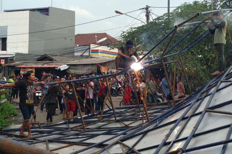 Jakarta to remove 60 billboards