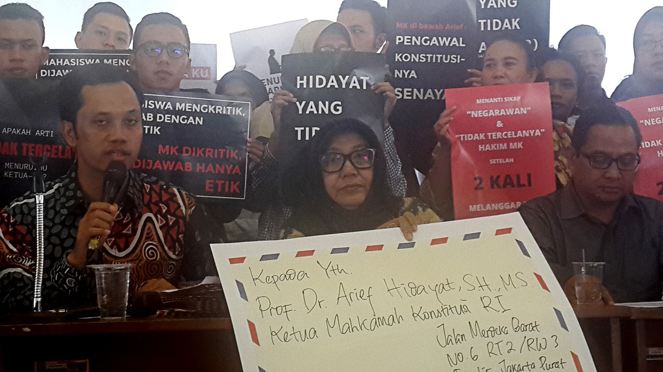 Yogyakarta academicians call on MK chief justice to step down
