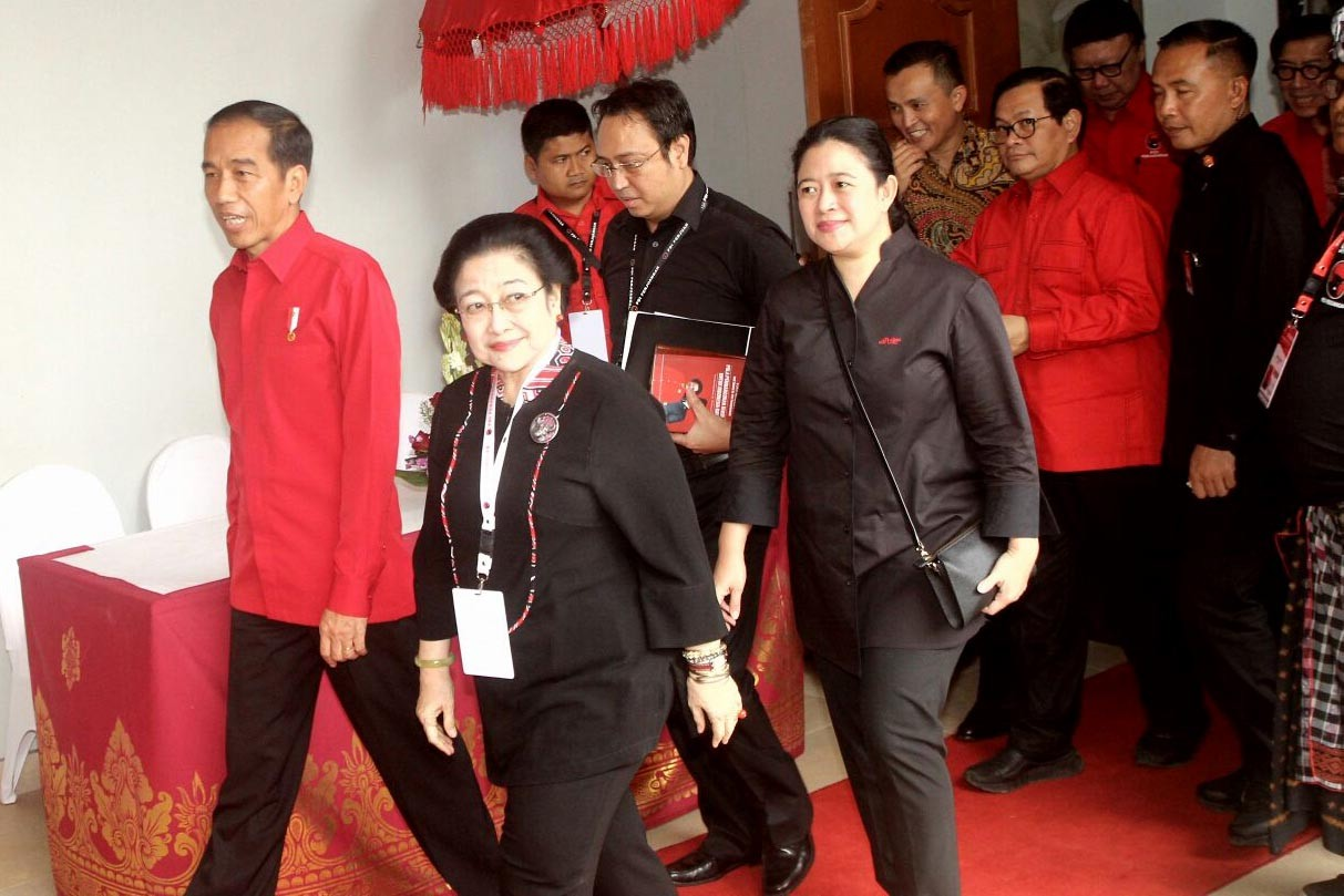 PDI-P tells Jokowi not to get 'emotional' over constitutional amendment