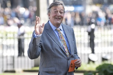 Actor Stephen Fry reveals battle with prostate cancer
