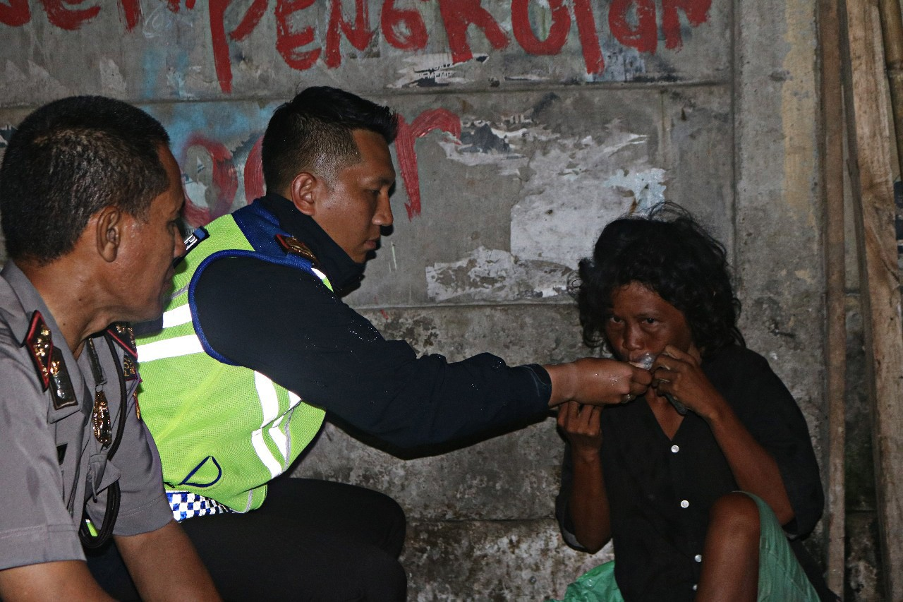 Bogor Police rescue dozens of mentally ill homeless people
