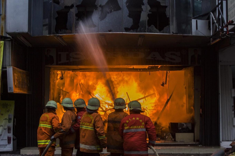Fire destroys nine houses in East Jakarta