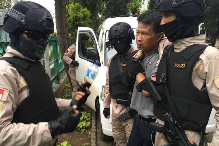 Livestreaming the pursuit: Jakarta Police to equip officers with body cameras