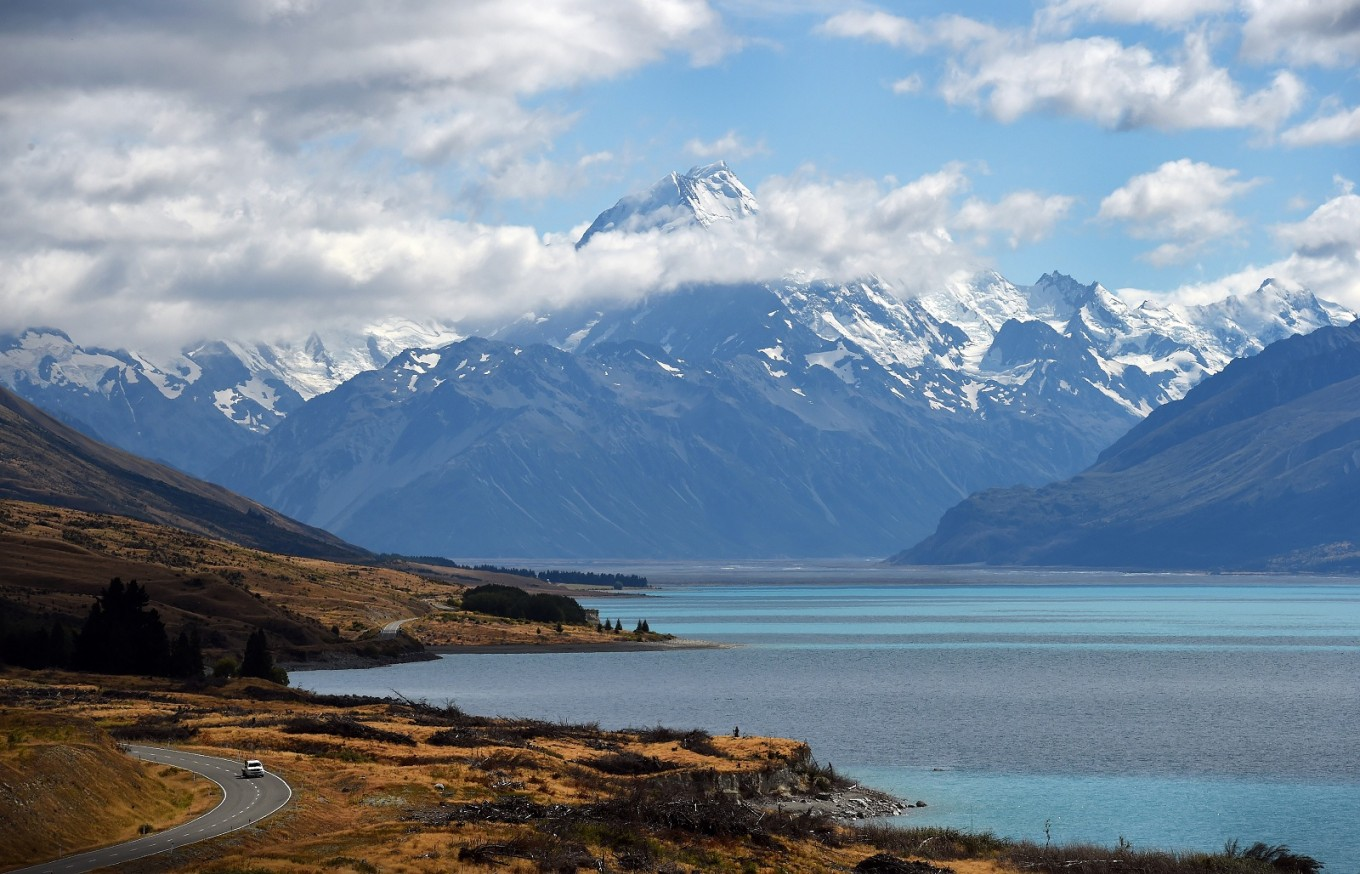Visitors to New Zealand must sign 'Tiaki Promise' to protect environment