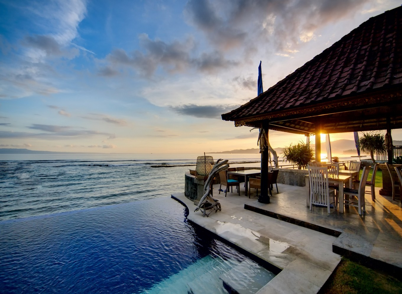 20+ Indonesian hotels and resorts voted best in world and Asia