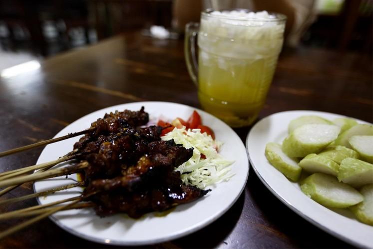 Sate kambing is a popular dish at Sate Djono Jogya Pejompongan.