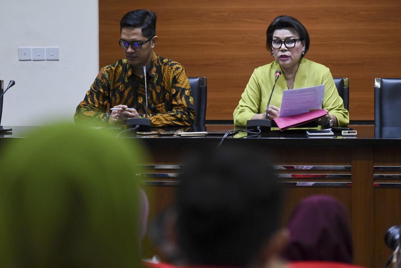 South Bengkulu regent named graft suspect