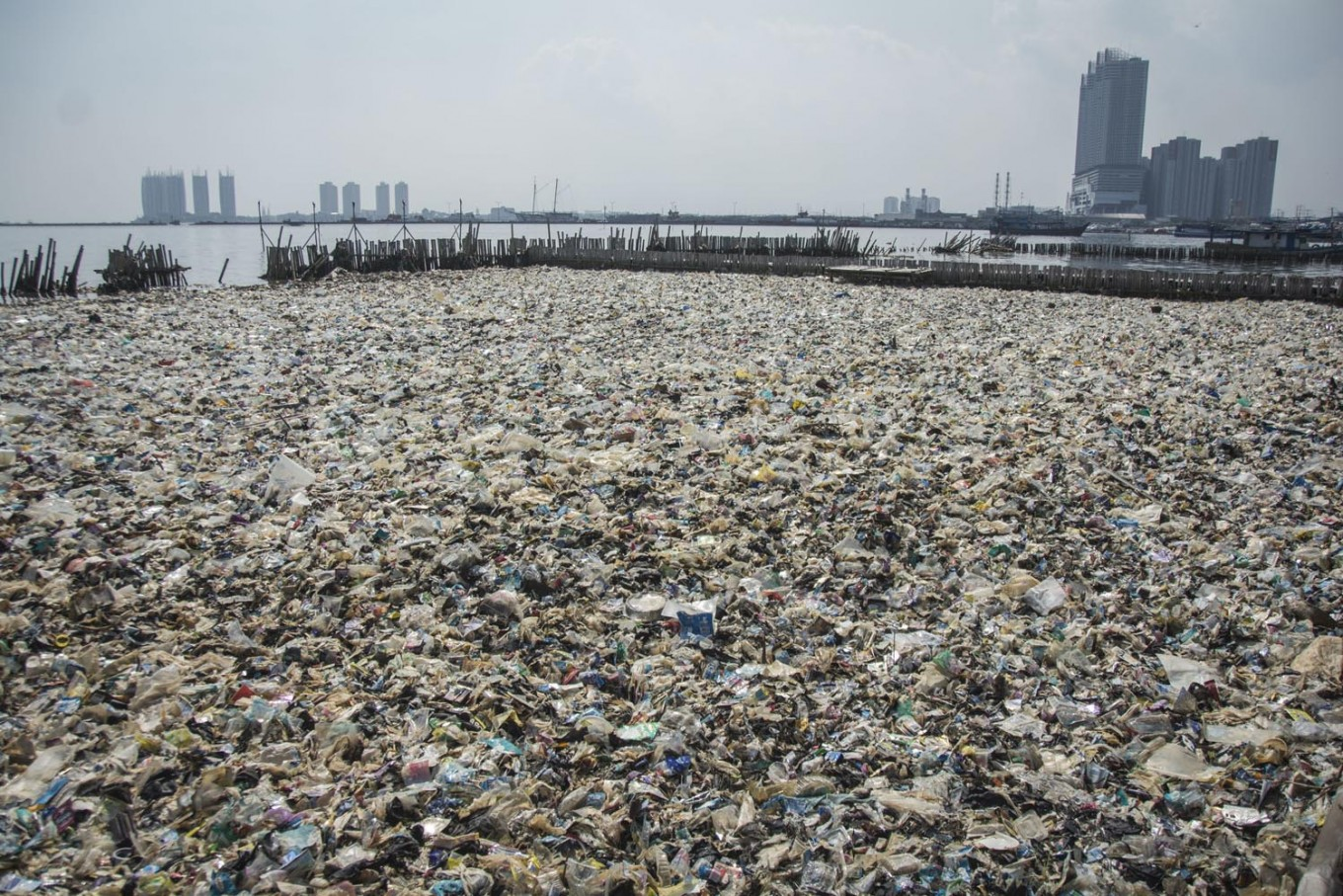 Jakarta generates up to 2,400 tons of plastic waste daily