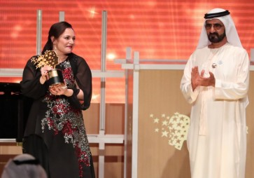 British teacher named world's best, wins US$1 million prize