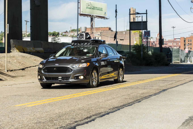 Uber self-driving car kills Arizona pedestrian