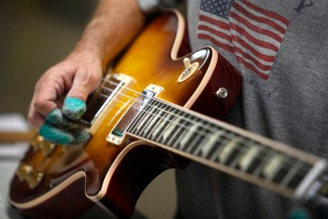 Beloved guitar maker Gibson faces crushing $560 million debt