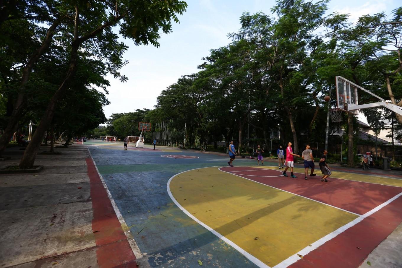Basketball court at Taman Menteng.